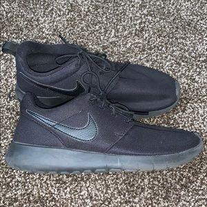 Nike Roshe, Shoes